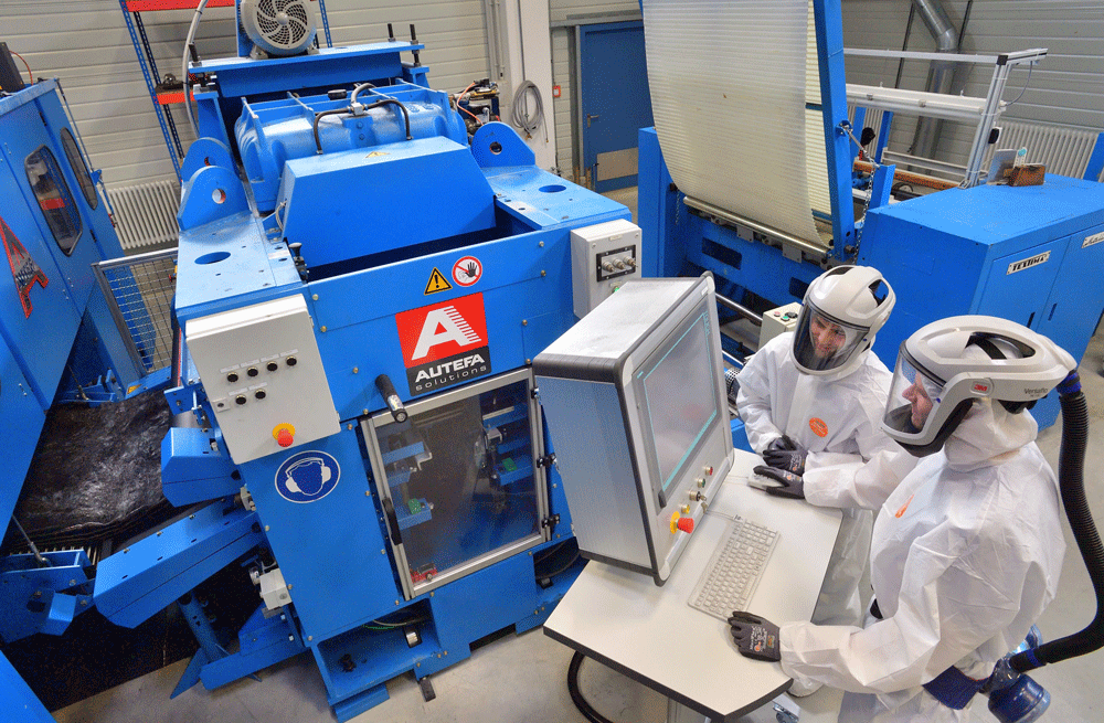 Insight into the carbon fiber pilot plant of STFI with equipment and laboratory staff
